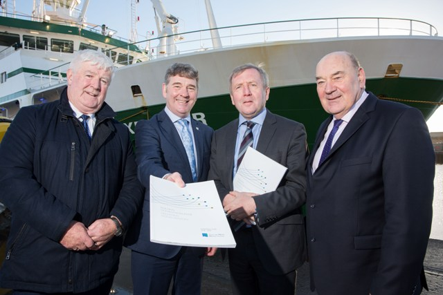 Mr Donal Kelly, Marine Institute board, Dr Peter Heffernan, Marine Institute CEO, Minister for Agriculture, Food & Marine Michael Creed TD and Mr John Killeen, Chairman, Marine Institute board