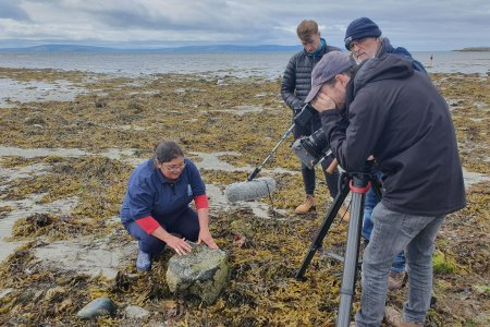 Dr Noirín Burke from the Marine Institute's Explorers Education Programme shows off some amazing seashore animals in the Explorers Wild about Wildlife on the Seashore film series featuring at Galway Science Festival. Photographer Cushla Dromgool-Regan
