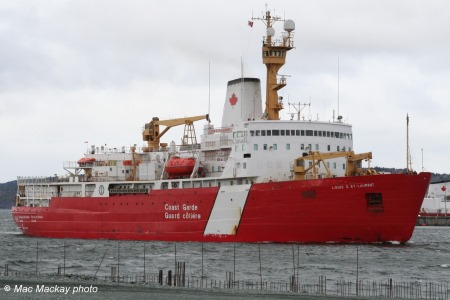 The Canadian Coast Guard Ship Louis S. St-Laurent. Picture courtesy of Mac Mackay photos