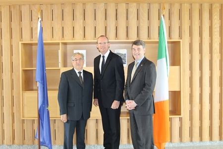 Commissioner Vella, Minister Simon Coveney & Dr. Peter Heffernan at the Marine Institute, Oranmore, Co. Galway