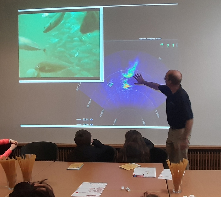 Alan Berry from the Marine Institute talked to children about the importance of engineering used in for SmartBay Observatory in Galway Bay, where children got to observe marine life and activity under our ocean.