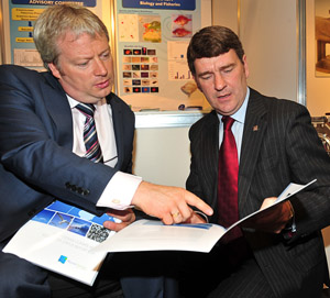 Minister Connick (left) with Marine Institute CEO Dr. Peter Heffernan at the launch of the reports.(Photo: Jason McGarrigle)