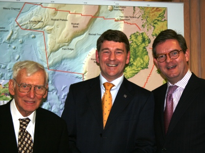 The US  Ambassador to Ireland, the Honorable Mr. Daniel M. Rooney Dr. Peter Heffernan CEO of the Marine Institute and the UK Ambassador to Ireland, His Excellency Julian King.