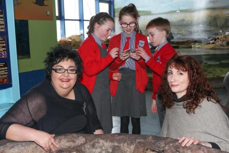 (L-R) Cushla Dromgool-Regan Marine Institute and Louise Manifold Artist with Èabha, David, and Lauryn from Scòil Pàdraig Naofa, Cregmore, Co. Galway explore the mystery of the ocean through the eyes of a scientist as part of the 'Build your own Unknown' art science project supported by the Explorers Education Programme. Photograph AengusMcMahon