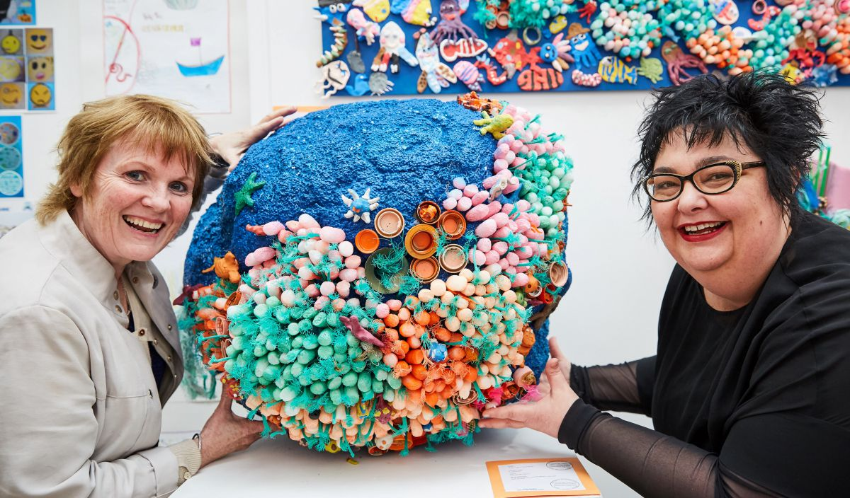 """Big Blue Ball; save our Coral Reef""""; Jo O Brien; Cratloe National School with Cushla Dromgoll-Regan; Marine Institute. Photo by Michael Mulcaire Photography"""