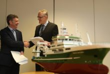 The Marine Institute signs contract with independent ship design consultants